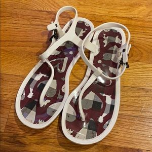Burberry jelly sandal size 39